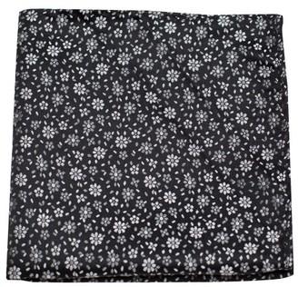Tie Bar Milligan Flowers Classic Black Pocket Square