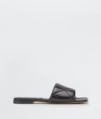 Bottega Veneta Rubber Lido Flat Sandals