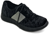 Bamboo Black Velvet Forward Sneaker