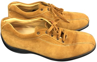 Tod's Yellow Suede Lace ups