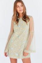 Kimchi & Blue Kimchi Blue Soft Landing Embroidered Mesh Lace Mini Dress