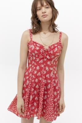 Free People Don't Dare Printed Slip Mini Dress - red XS at Urban Outfitters