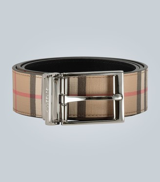 Burberry Leather Classic Check belt