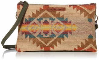Pendleton Woolen Mills Pendleton Women's Large Three Pocket Keeper