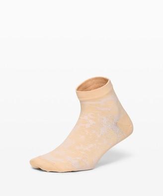Lululemon Let it Flourish Ankle Sock