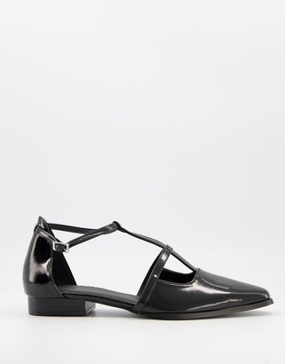 ASOS DESIGN Malay pointed flat shoes in black