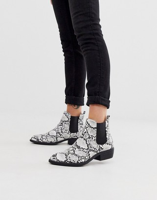 Park Lane heeled western boots in mono snake