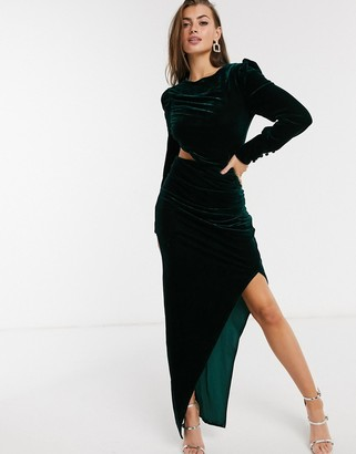 Yaura cut-out side long sleeve velvet midi dress with thigh slit in emerald green