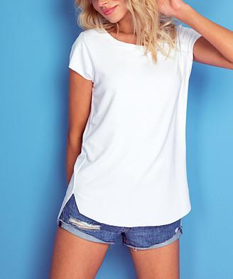 Knitis knitis Women's Tee Shirts White - White Scoop Neck Hi-Low Tee - Women