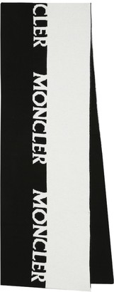 Moncler Logo wool and cashmere scarf