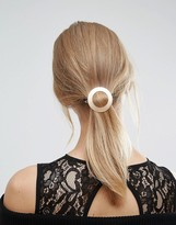 Orelia Wide Circle Hair Clip
