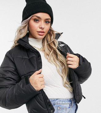 The North Face Saikuru crop puffer jacket in black Exclusive at ASOS
