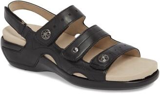 Aravon Three Strap Sandal