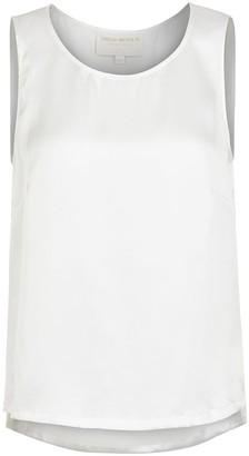 Lindsay Nicholas New York Sleeveless Shell In White Silk Satin