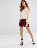 Moon River Shorts in Lace with Ruffles