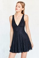 Kimchi & Blue Kimchi Blue Plunging Lace Fit + Flare Mini Dress