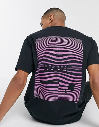 New Look wave front and back print t-shirt in black