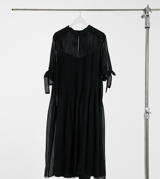 ASOS DESIGN Curve pleated trapeze midi dress with tie sleeves in black