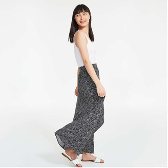 Joe Fresh Women's Crinkle Maxi Skirt, Black (Size XL)