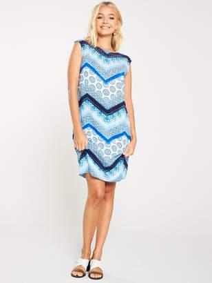 Wallis Hotfix Chevron Shift Dress - Blue