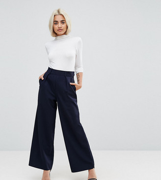 Asos DESIGN Petite wide leg trousers with pleat detail-Navy