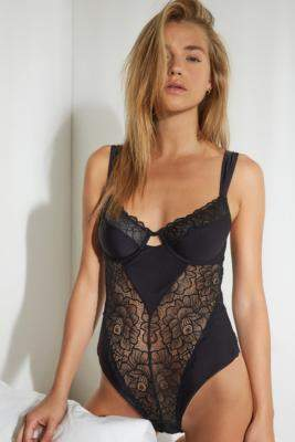 Out From Under Lots Of Lace Bodysuit - black S at Urban Outfitters