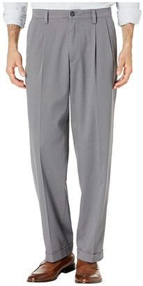 Dockers Easy Khaki Pants D4 Relaxed Fit - Pleated (Timber Wolf) Men's Casual Pants