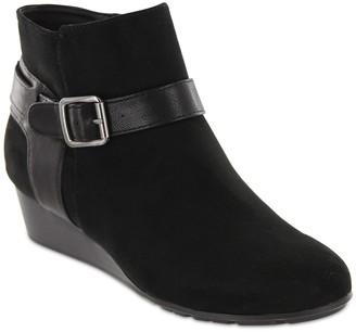 Mia Amore Sabina Wedge Boot