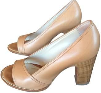 Vanessa Bruno Camel Leather Heels