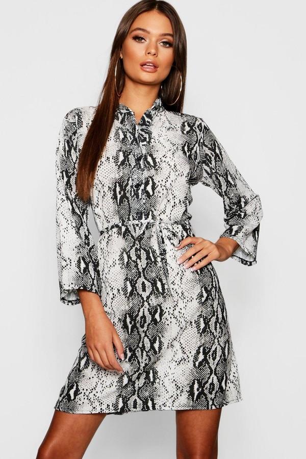 efdc1ce34988 boohoo Tie Waist Dresses - ShopStyle UK