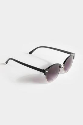 francesca's Daniela Rounded Wayfarer Sunglasses - Black