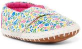 Toms Crib Alpargata Floral Sneaker (Baby)