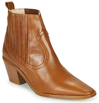 Betty London MIRTA women's Low Ankle Boots in Brown