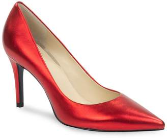 GUESS Point-Toe Pumps