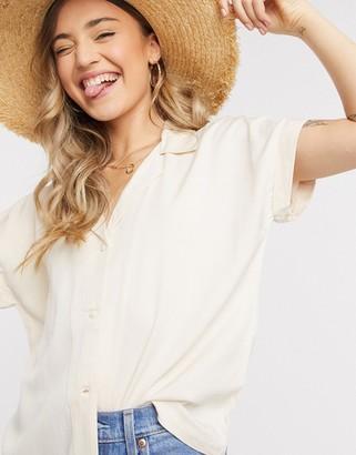 JDY jojo short sleeve shirt in beige