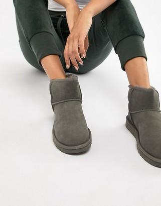 UGG classic mini II gray boots