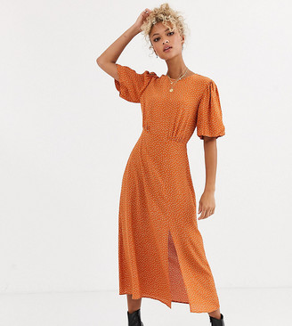 New Look split detail puff sleeve dress in rust polka dot-Brown