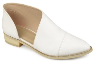 Journee Collection Quelin Flat