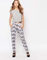 Minimum Dennie Printed Pants