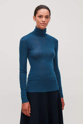 Cos FINE ROLL-NECK WOOL TOP