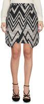 By Zoé Knee length skirts