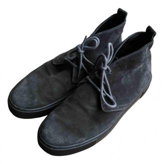 Tod's Grey Suede Boots