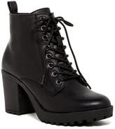 Mia Kat Boot