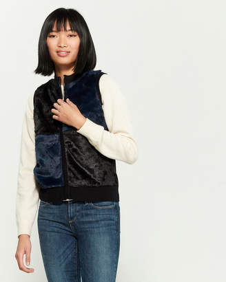 YAL New York Navy & Black Full-Zip Faux Fur Vest