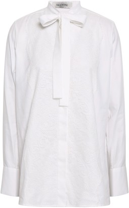 Valentino Pussy-bow Lace-appliqued Cotton Oxford Blouse