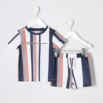 River Island Mini boys Beige stripe mesh T-shirt outfit