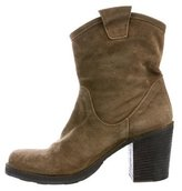 Fiorentini+Baker Round-Toe Ankle Boots