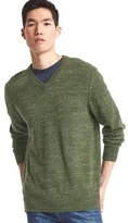 Gap Heathered V-neck sweater