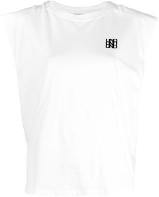 Baum und Pferdgarten Logo Embroidered T-Shirt