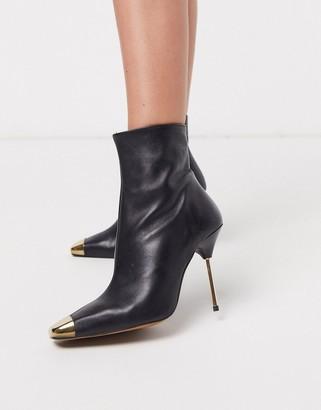 Asos Design DESIGN Evidence leather heeled boots-Black